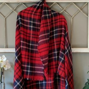 Red blue plaid blanket scarf Runway Wrap NWT